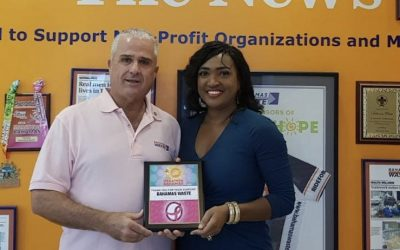 Bahamas Waste Presented Appreciation Plaque By Sunshine Insurance Race Weekend